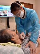 コロナ 悩める訪問看護・介護 県内、利用者守るため懸命
