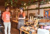 地元食材でもち米パン 奥州市の地域協力隊・佐藤さん開発