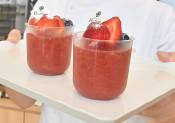 濃厚トマト、ゼリーに凝縮 江刺産「すずこま」を発信