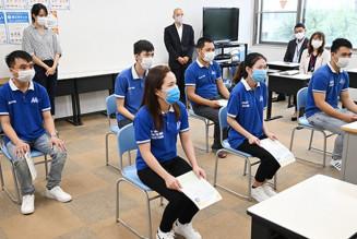 待望した来県を喜び入校式に臨むベトナム人技能実習生ら