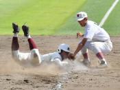 堅守福岡、競り勝つ 秋季高校野球県大会