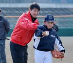 岩隈投手の支援に感謝 プロ野球現役引退、被災地で指導