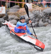 絶妙パドルに沸く 奥州・胆沢でカヌージャパン杯開幕