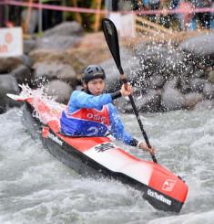 難コースを攻め本県開催で優勝を果たした山田茉未さん(岩手中央農協)
