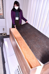 斎藤実記念館で公開されている斎藤の遺骨を運んだひつぎ