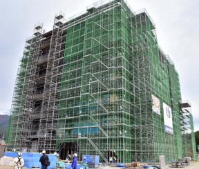 上棟祭が行われた陸前高田市新庁舎の建築現場