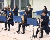 集大成の音色つなぐ動画 県内23高校参加、東山堂が制作