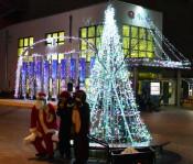 心安らぐ光、商店街包む 宮古・イルミネーション点灯