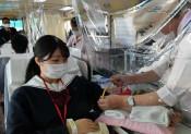 厳しい時こそ 献血に協力 一関修紅高の生徒や教職員