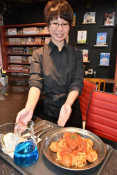 〝まんがめし〟楽しんで 紫波町・喫茶ひよこ堂12日開店