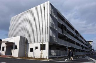 震災の災害公営住宅として計画され、最後に完成した南青山アパート=7日、盛岡市南青山町