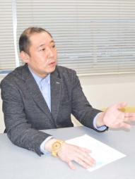 「コロナ下で聴覚障害者の精神的負担は大きくなっている」と語る畠山修理事長