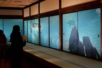 圧巻の風景描写が反響を呼んでいる東山魁夷の障壁画展