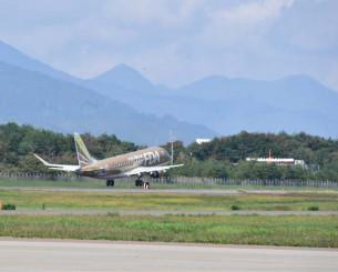 「緑の町に舞い降りて」がイメージソングとなっている花巻空港