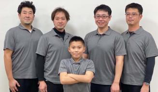 男子東北ブロック代表のチーム岩手。(左から)菊池充、山口和人、松原永和、苫米地賢司、佐藤匡