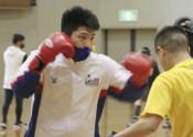 ボクシング梅村、五輪絶望的 最終予選中止、日本連盟受け入れ