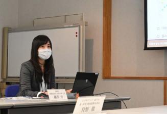 アクティブシニアに関する研究成果を説明する横沢育さん