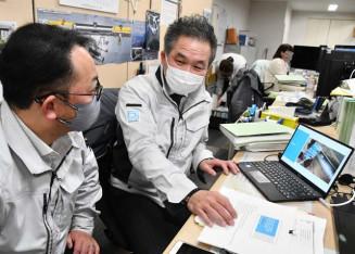 高度な配管技術を生かし、ILCへの参入を目指す近藤設備の社員