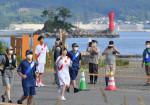 復興 感謝 世界へ 本県聖火リレー2日目、沿岸8市町村駆ける
