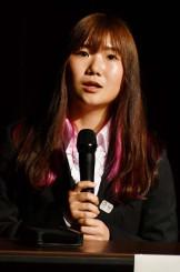 講演会で「金メダルを取りたい」と語る岩渕麗楽=一関市・一関文化センター