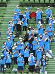 マスク越し、球児への応援熱く 高校野球、保護者ら拍手送る