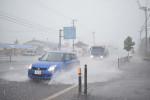 局地的大雨、遠野53.5ミリ 猛暑一転、鉄道乱れる