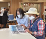 写真の返却事業、再出発 陸前高田・三陸アーカイブ減災センター