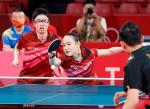 水谷、伊藤組が混合ダブルスV 卓球日本初の金メダル