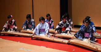 ノーメディアデーを楽しく過ごそうと開かれた千厩高箏曲部の演奏会