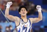 19歳橋本大輝、体操個人で2冠 種目別鉄棒で森末以来の金メダル