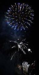 沖田の夜空を彩る花火