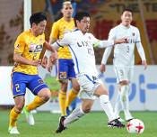 鹿島・小笠原が500試合出場 J1、勝利に貢献