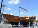 気仙丸の陸上展示〝船出〟 大工技術を後世へ